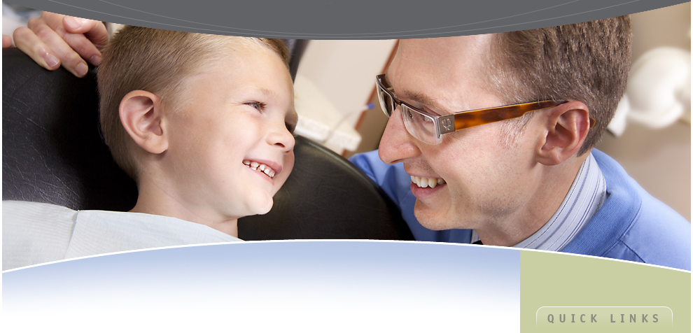 Dr. Stephen Hambly with child, Hamilton Dentist, Westdale Dental Care, Ancaster, Dundas